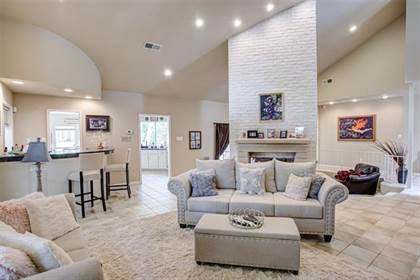 Residential Property for sale in 5001 Village Circle, Dallas, TX, 75248