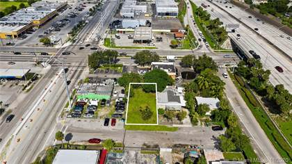 Commercial for sale in 673 NW 102nd St, Miami, FL, 33150