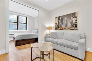 Townhouse for rent in 336 East 81st Street 4B, Manhattan, NY, 10028