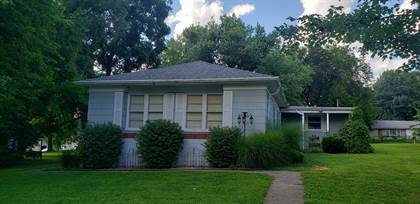 Residential Property for sale in 414 W 1st Street, Carrollton, MO, 64633
