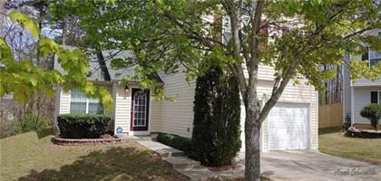 Residential for sale in 2832 Two Lake Circle, Atlanta, GA, 30349