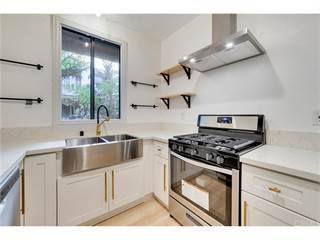 Condo for sale in 555 Maine Avenue 230, Long Beach, CA, 90802
