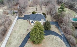 Land for sale in 9731 Litzsinger Road, Ladue, MO, 63124