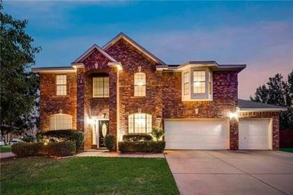 Residential for sale in 6700 Coronation Court, Arlington, TX, 76017