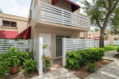 Residential for sale in 14386 SW 97th Ter 14386, Miami, FL, 33186