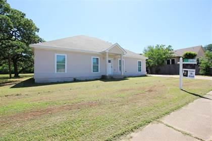 Residential Property for sale in 2703 W Green Oaks Boulevard, Arlington, TX, 76016