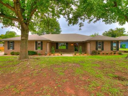 Residential Property for sale in 319 W Bass Avenue, Yukon, OK, 73099