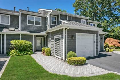 Residential Property for sale in 55 Madder Lake Circle, Commack, NY, 11725