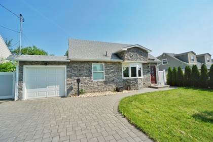 Residential Property for sale in 25 Kendall Drive, Sayreville, NJ, 08859