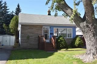 Residential Property for sale in 153 NORMANHURST Avenue, Hamilton, Ontario
