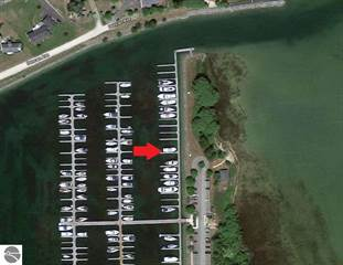 Residential Property for rent in 902 Boat Club Drive 14, Cheboygan, MI, 49721