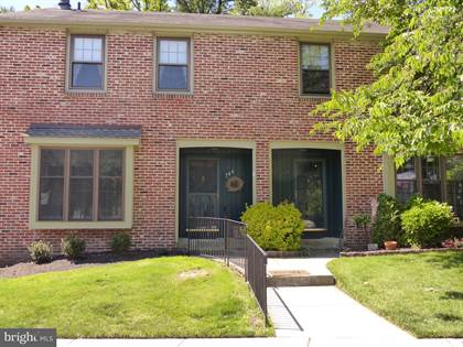 Residential Property for sale in 744 KINGS CROFT, Cherry Hill, NJ, 08034