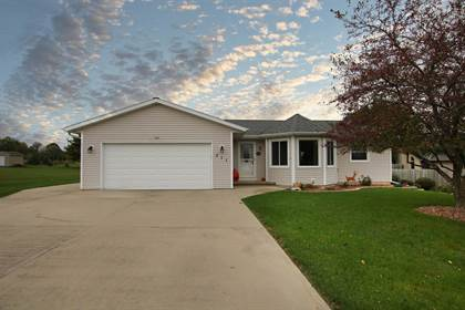 Residential Property for sale in 311 KILLDEER Avenue, Campbellsport, WI, 53010