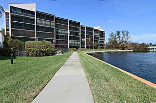 Residential Property for sale in 11370 Twelve Oaks Way 218, North Palm Beach, FL, 33408