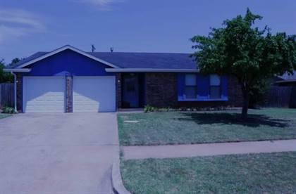 Residential Property for sale in 1018 N Lincoln Avenue, Moore, OK, 73160