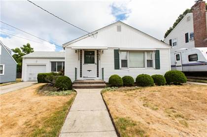 Residential Property for sale in 103 Fairfield Road, Cranston, RI, 02910