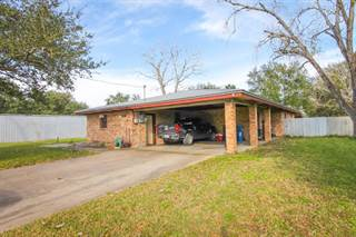 Single Family for sale in 1103 S Saint Marys, Beeville, TX, 78102