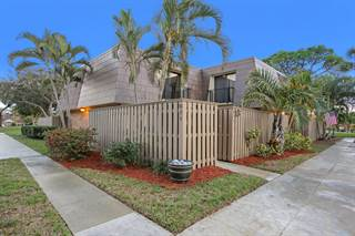 Townhouse for sale in 811 8th Court, Palm Beach Gardens, FL, 33410