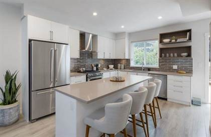 Single Family for sale in 24 70 SEAVIEW DRIVE, Port Moody, British Columbia, V3H1N7
