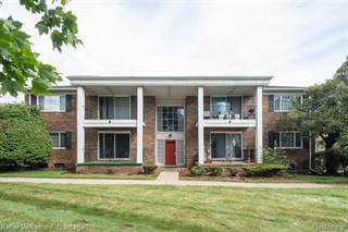 Condo for rent in 25304 SHIAWASSEE Circle 9, Southfield, MI, 48033