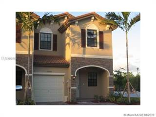 Townhouse for rent in 15205 SW 119th Ter, Miami, FL, 33196