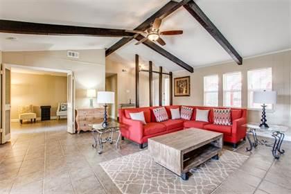Residential for sale in 7636 La Risa Drive, Dallas, TX, 75248