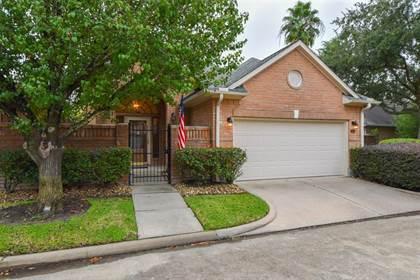 Residential for sale in 8023 Oakwood Hollow Street, Houston, TX, 77040