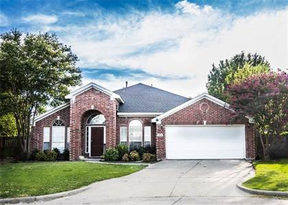 Residential for sale in 1208 Golden View Court, Arlington, TX, 76001
