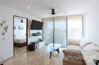Condo for sale in FULLY FURNISHED, READY-TO-MOVE-IN CONDO NEAR BEACH, Playa del Carmen, Quintana Roo