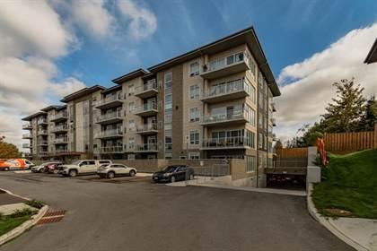 Condominium for sale in 16 Markle Cres 304, Hamilton, Ontario, L9G 3K9