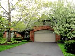 Condo for sale in 208 NORCLIFF Drive, Bloomfield Township, MI, 48302