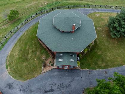 Residential Property for sale in 1103 QUICKS MILL RD, Staunton, VA, 24401