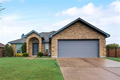 Residential Property for sale in 1811 Faithful Trail, Arlington, TX, 76018