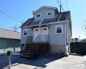 Residential Property for sale in 226 Freeborn Street, Staten Island, NY, 10306