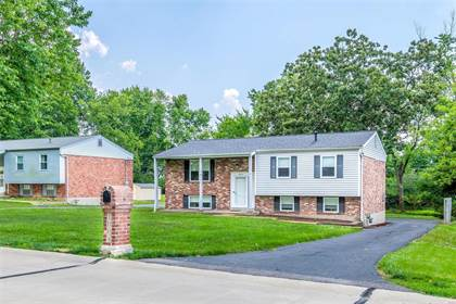 Residential for sale in 1004 Carole Lane, Ellisville, MO, 63021
