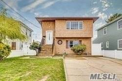 Residential Property for rent in 23 W Alhambra Avenue 1Flr, Lindenhurst, NY, 11757