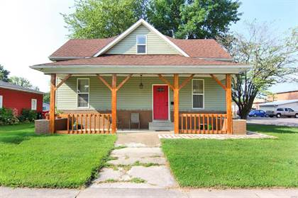 Residential for sale in 330 Elliott Avenue, Chaffee, MO, 63740