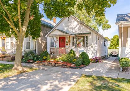 Residential Property for sale in 25 Dacotah Street, St. Catharines, ON, St. Catharines, Ontario