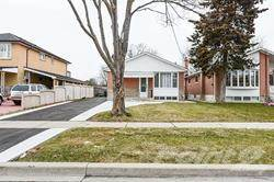 Residential Property for sale in Beaumonde Heights Dr, Toronto, Ontario, M9V1V9