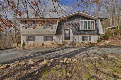 Residential Property for sale in 17 Brunswick Dr, Mount Pocono, PA, 18344