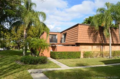 Residential for sale in 9122 SW 19th Ct D, Davie, FL, 33324