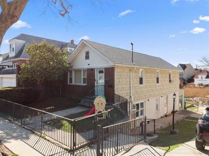 Multifamily for sale in 3270 Griswold Ave, Bronx, NY, 10465
