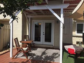 Townhouse for sale in 4128 Mount Acadia Blvd, San Diego, CA, 92111