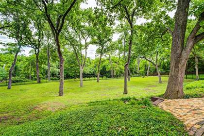 Residential Property for sale in 6707 Ridgeview Circle, Dallas, TX, 75240