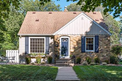 Residential for sale in 5301 11th Avenue S, Minneapolis, MN, 55417