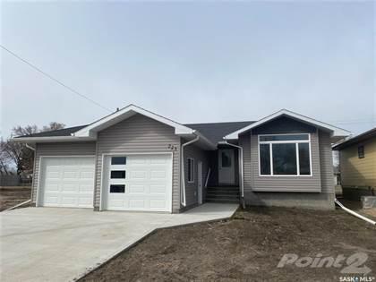 Residential Property for sale in 223 10th STREET, Humboldt, Saskatchewan, S0K 2A0