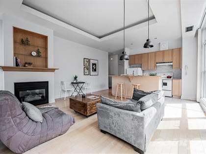 Condominium for sale in 8 Wellesley St E, Toronto, Ontario, M4Y3B