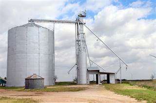 Comm/Ind for sale in 203 E Bevers, Weinert, TX, 76388