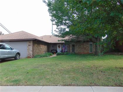 Residential for sale in 2420 NW 109th Street, Oklahoma City, OK, 73120