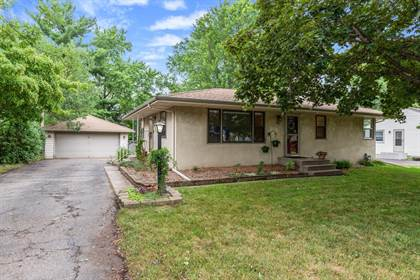 Residential for sale in 1327 Rose Place, Roseville, MN, 55113